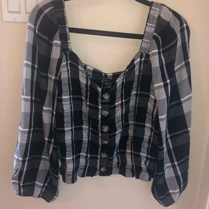 AMERICAN EAGLE CROP TOP!